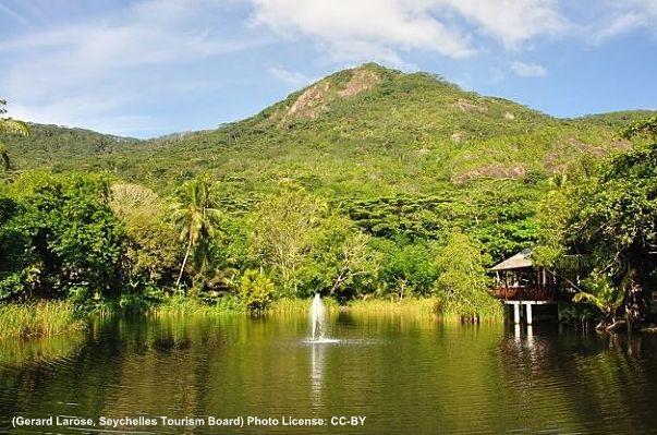 Silhouette Seychellen Mont Dauban