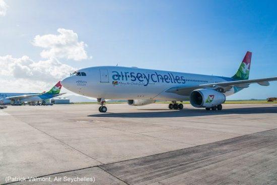 Flug Seychellen - Air Seychelles gelandet am Flughafen, dem International Airport in Pointe Larue an der Ostküste von Mahe.